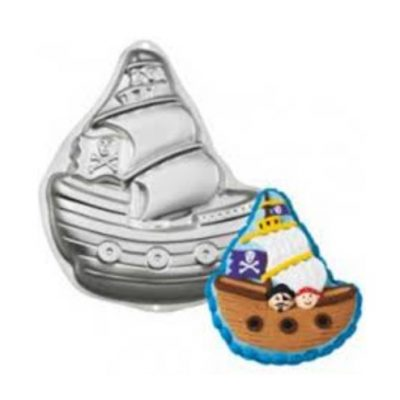 Pirate ship cake pan